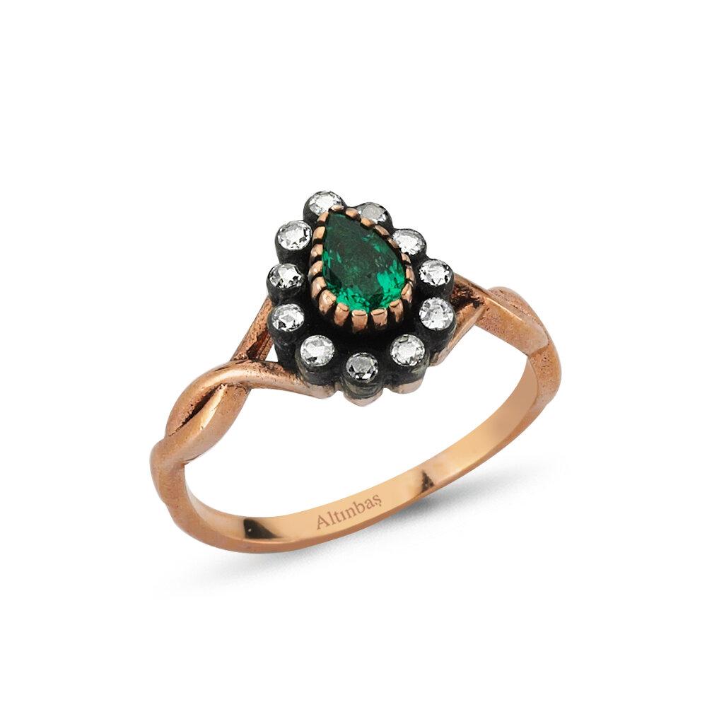 0.15 Carat Emerald Diamond Ring