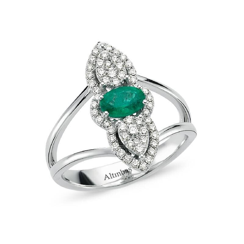 0.32 Carat Emerald Diamond Ring