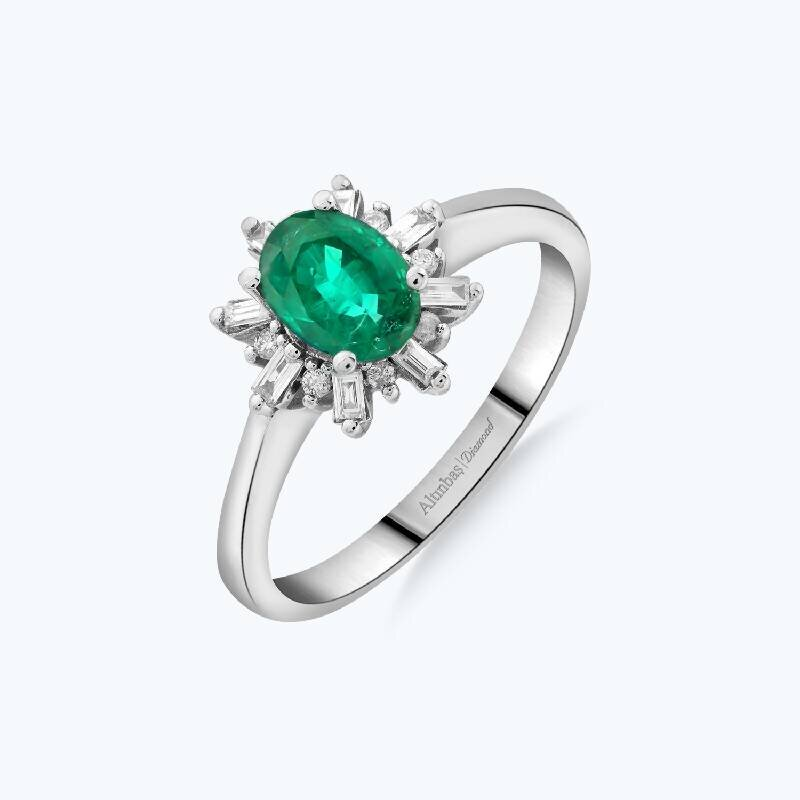 0.17 Carat Emerald Diamond Ring