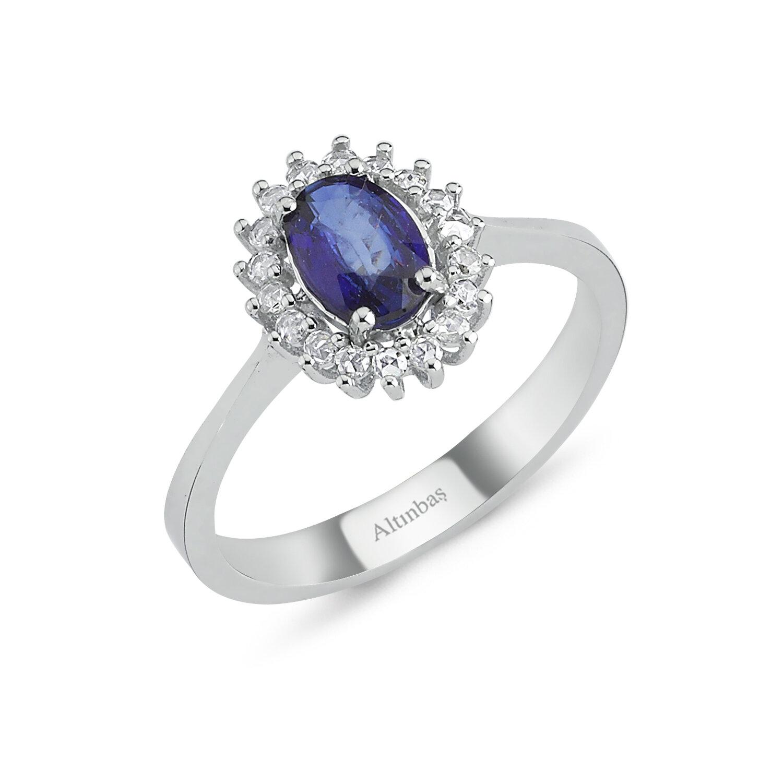 0.11 Carat Sapphire Diamond Ring