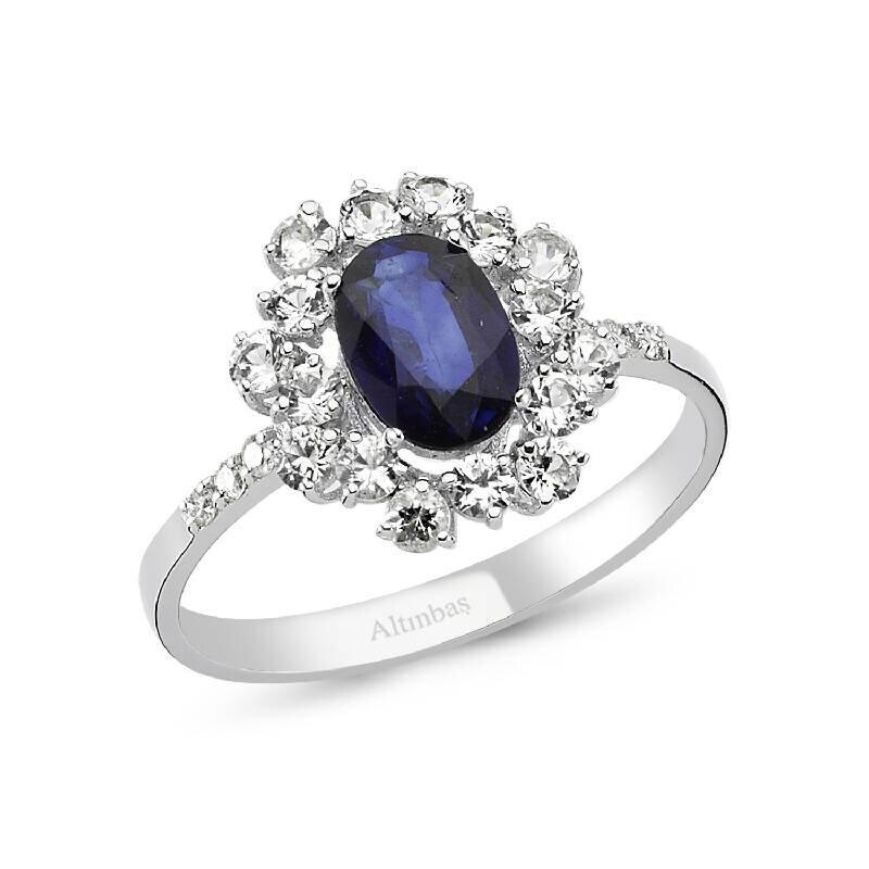 0.06 Carat Sapphire Diamond Ring