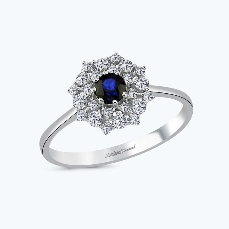 0.08 Carat Sapphire Diamond Ring